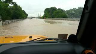 Houston Flood River Crossing In Jeep 37 Inch Tires, 6 Inch Lift