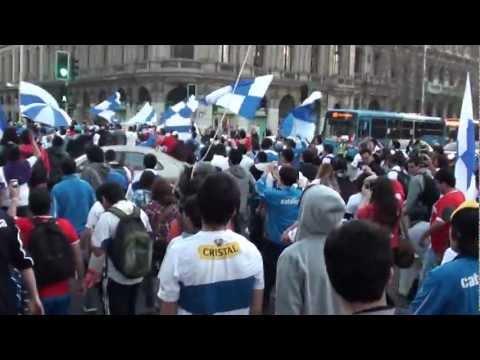 """""""12/09/2012 - Los Cruzados despiden al Sapito Livingstone (Parte 1/2)"""" Barra: Los Cruzados • Club: Universidad Católica"""