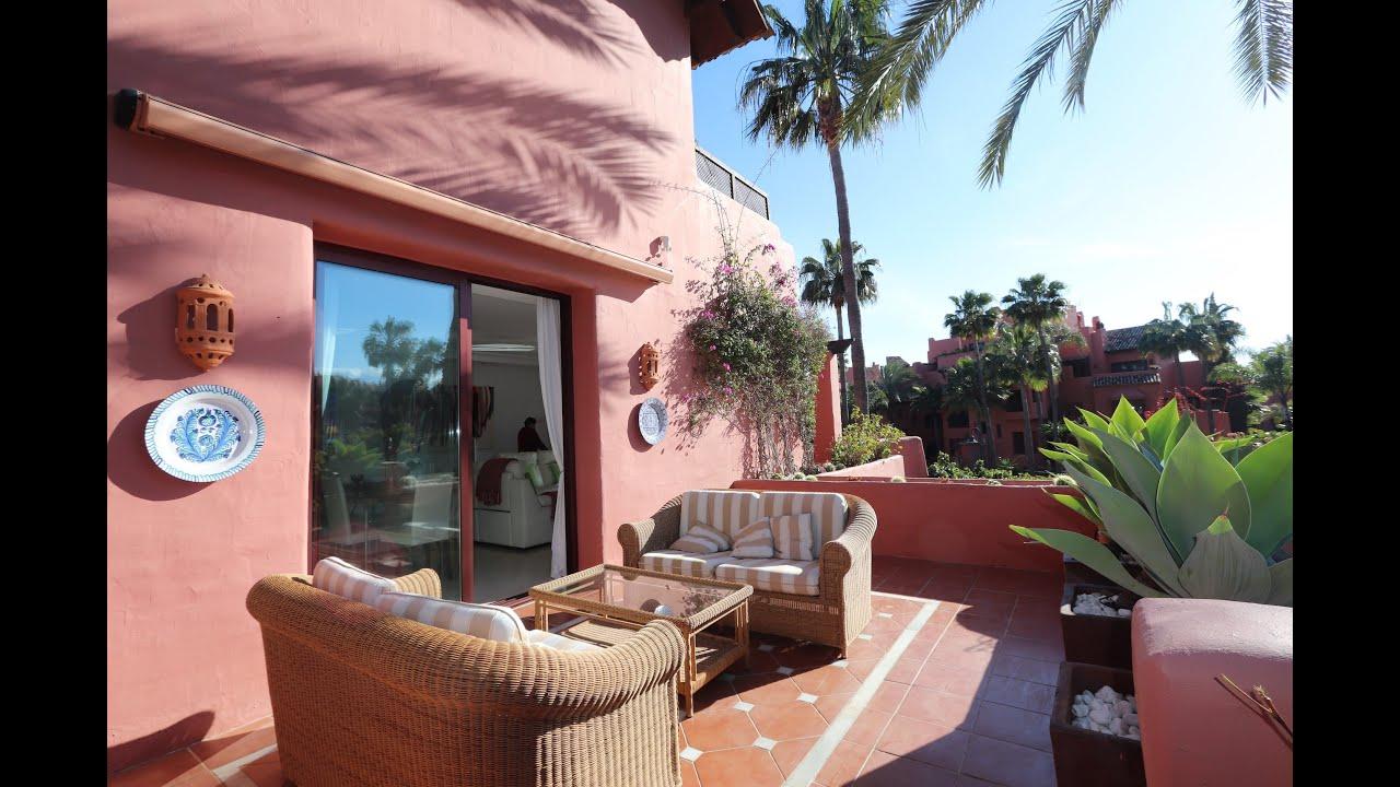 Fabulous 3 bedroom duplex penthouse for sale in Menara Beach, Estepona New Golden Mile