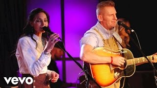 Joey+Rory - The Old Rugged Cross (Live)