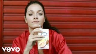 Oriana Sabatini - Love Me Down Easy (Lyrics)