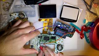 Installing The FunnyPlaying IPS GBA Screen In A GBA (AGB 001) With The RetroModding Bracket (Part 1)