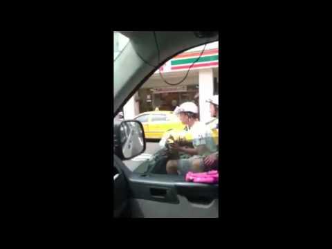 【今日最爆】復康巴士載身障者 屁孩跟車鳴喇叭嗆聲!
