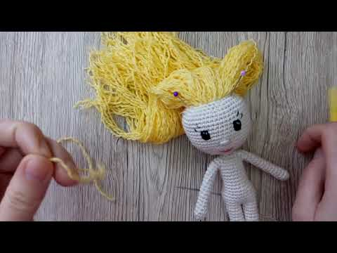 Как сделать волосы вязаной кукле из пряжи: способ