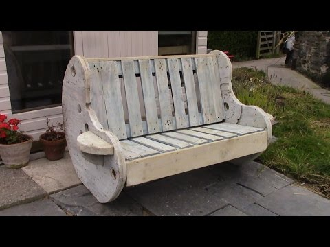 DIY Garden Bench Project – Pallet and Cable Reel Furniture