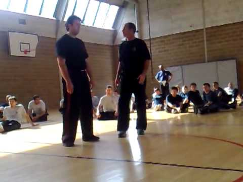 Side Knife Defense By Eyal Yanilov (Krav Maga Global)