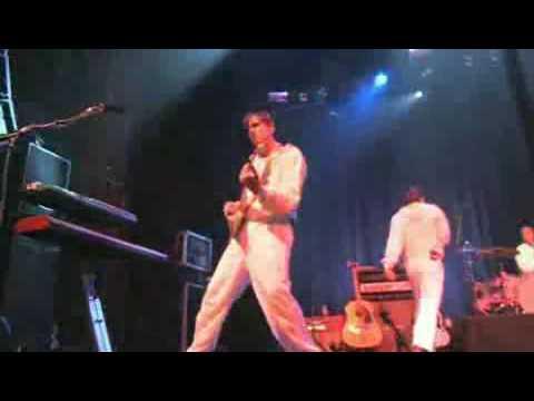 Weezer - I'm Your Daddy (Live MySpace Secret Show)
