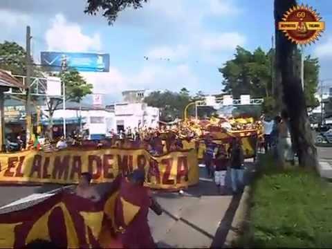 """""""CARAVANA DEPORTES TOLIMA 60 AÑOS"""" Barra: Revolución Vinotinto Sur • Club: Tolima"""