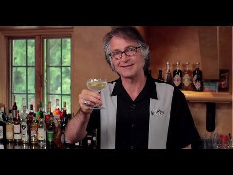 Video Don't Use Old Vermouth - Martini Cocktail Recipe