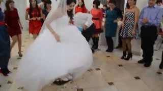 Отпадный танец невесты