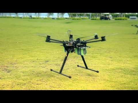 Nacelle Carbone de Drone DJI S800 + Servos SAVOX SA-1258TG et HK47011MG