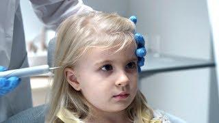 小女孩脑内被植入芯片,从此做什么妈妈都能看到!速看科幻片《黑镜4:方舟天使》