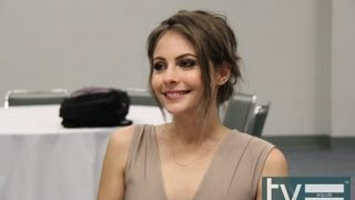 "Сериал ""Стрела"", Willa Holland Interview - Arrow (CW)"