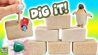 DIG IT Bars! Penguins Dolphins! Will I Find Lucky gems, Rare Pearls?  What's Inside? Doctor Squish