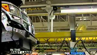 preview picture of video 'Chrysler pumps $500M into Toledo Jeep Assembly Complex'