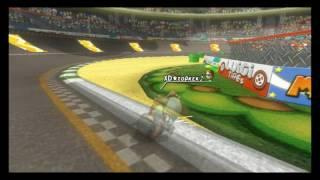 [MKWii] Luigi Circuit - 1:10.766 with keyboard
