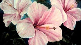 Pintando hibiscos com muita perfeição