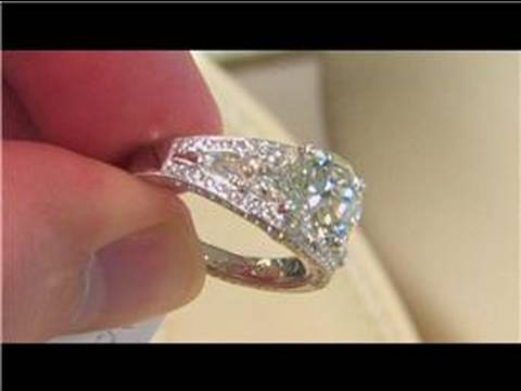 Wedding & Engagement Rings : Antique Engagement Rings
