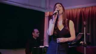 C'est si bon avec Intro - Yves Montand by Liza Melfi ( Live acoustic cover)