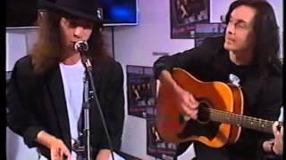 Mamas Boys - This Flight Tonight (acoustic version) - written by Joni Mitchell