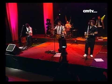El Cuarteto de Nos video Nada es gratis en la vida - CM VIVO 02/12/2009