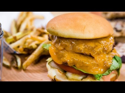 Video How to Make the Ultimate Healthy Burger and Fries