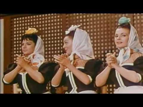 Lola Flores y Carmen Sevilla En Este Nostálgico Video