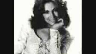 Dottie West- Lay Down Beside Me