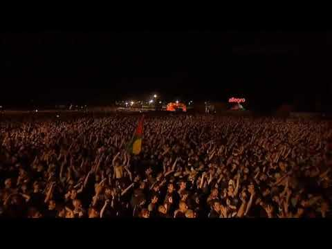 Selena Gomez - Back To You (Live)