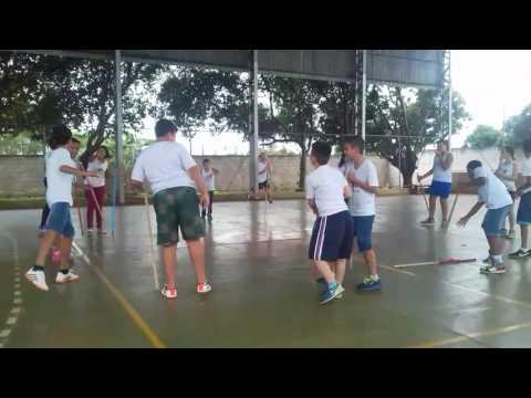 Aula de Educação Física - Escola Estadual Geraldo Alves Machado - Álvares Florence