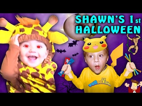 SHAWN'S FIRST HALLOWEEN! Dangerous Candy Addiction! (FUNnel Vision Family Costume Vlog) 2016