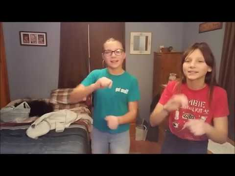 THE OTHER SIDE HUGH JACKMAN ZAC EFRON THE GREATEST SHOWMAN - ASL DEAF SIGN LANGUAGE ENGLISH