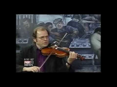 Gypsy Strings-Daphne.avi