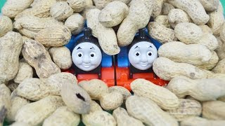 PEANUTS World's STRONGEST Engine 201: THOMAS AND FRIENDS Toy Trains For Children