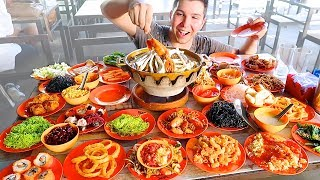 The Best All You Can Eat Buffet I've Ever Seen • MUKBANG - Video Youtube