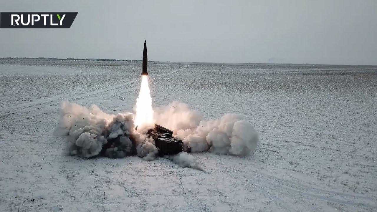 Боевой пуск ракеты ОТРК «Искандер-М» в Астраханской области