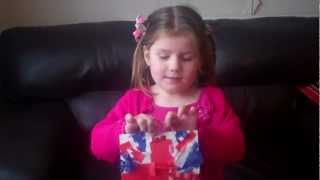 Union Jack Crafts - Easy Tissue Paper Flags - 2 Minute Tried & Tested