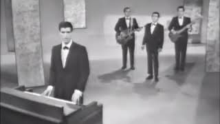 The Four Seasons - Big Girls Don't Cry (Live at The Ed Sullivan Show)