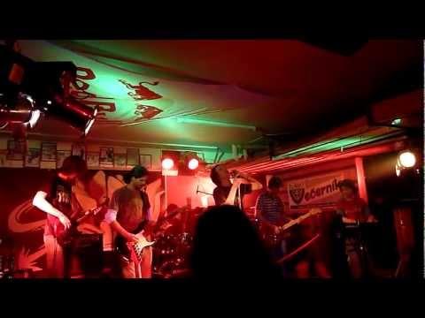Smoky Shine (Pearl Jam tribute) - Pearl Jam tribute - Jeremy (Live Smerr Pub Žilina 2012)