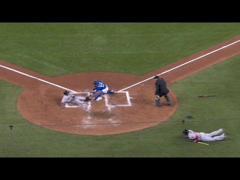 Goins fires home to nab Pedroia at the plate
