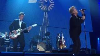 John Mellencamp – Stones in My Passway (Live at Farm Aid 2016)