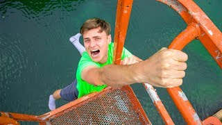I FELL OFF!! (POND MONSTER) - Video Youtube