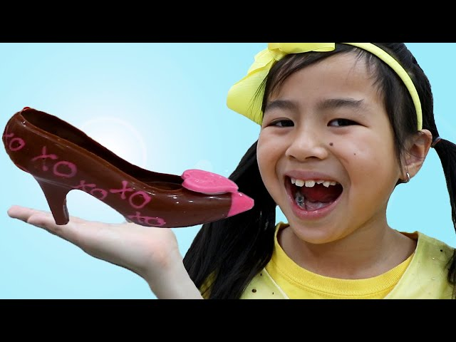 Jannie and Alex Candy and Chocolate Challenge   Real Vs Fake Edible Candies for Kids