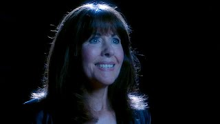 The return of Sarah Jane - Doctor Who - School Reunion - Series 2 - BBC