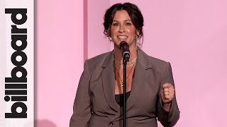 Alanis Morissette Accepts The Icon Award | Women In Music