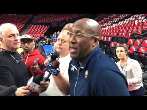 MIKE BROWN, Golden State Warriors (3-0) morning shootaround before Game 4 vs Portland Trail Blazers