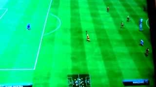 preview picture of video 'Fifa14 bug - Transparent Ball !'