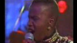 Angelique Kidjo - Adouma - Live - 1994
