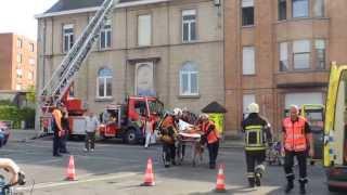 preview picture of video '(05/05/2013): Mouscron - Incendie Terre Nouvelle (02)'