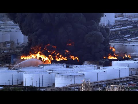 Texas chemical fire: Huge fireball EXPLOSION erupts from blazing Houston plant